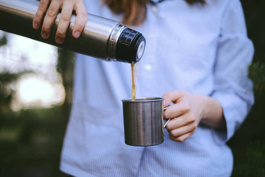 Thermos à café : pourquoi l'adopter et comment effectuer son choix?